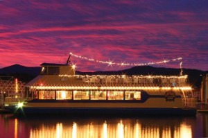 Looking for a unique location for a party or gathering? Look no further than Lake Coeur d'Alene Cruise ships.
