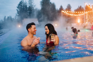 Opt outside for a winter adventure or cozy up with indoor activities – there's something to warm everyone at The Coeur d'Alene Resort